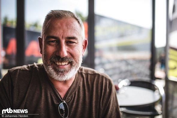 … Gavin Michael Vos, Chef von Spank Industries