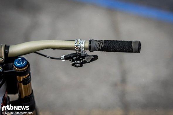 bike-check-aaron-gwin-3299
