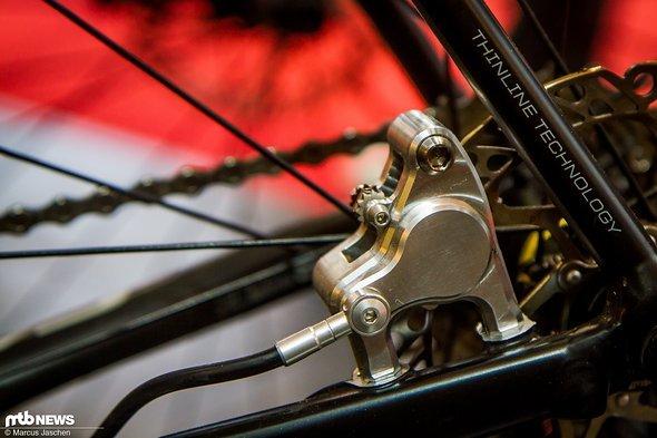 ...jetzt gibt es den Bremssattel auch mit Flatmount und eignet sich für den CX-Einsatz