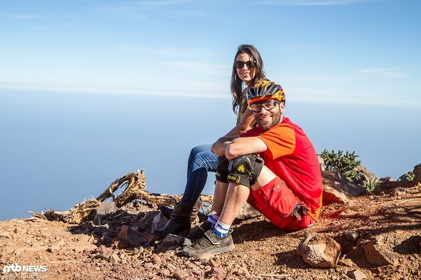 Atlantic Cycling Firmengründer Philipp Foltz zusammen mit Acerina, der wohl schnellsten Shuttle-Fahrerin auf La Palma