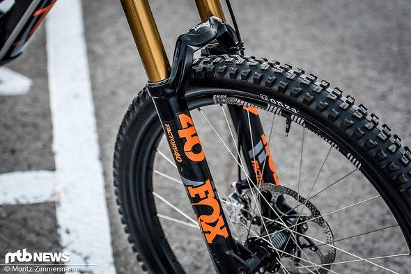 bike-check-aaron-gwin-3292