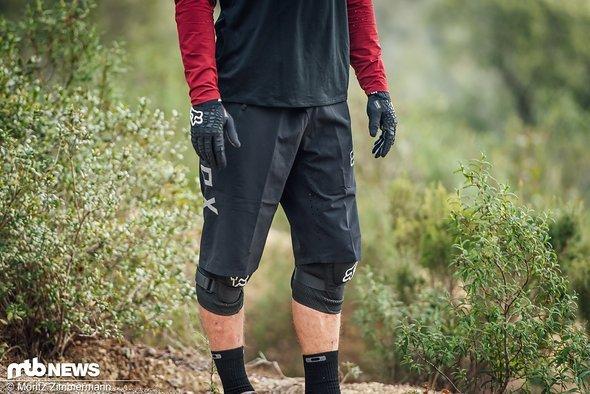 Die Fox Attack Pro Shorts wird in sieben Größen angeboten und wechselt für 150,00 € den Besitzer.