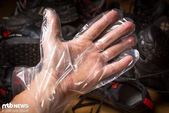 Handschuhe gibts zum Kleber dazu