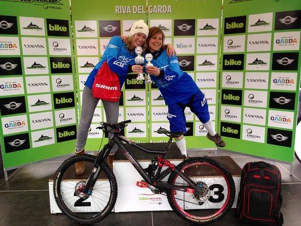 Ihre jeweiligen Klassen konnten Jana Götze und Bettina Lysko beim Endurorennen in Riva am Gardasee gewinnen