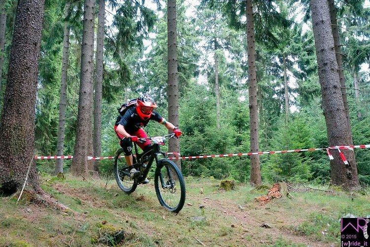 Raphael Leistner von Tobsens World Enduro Racing auf der neuen Stage 6 am Steinbruch