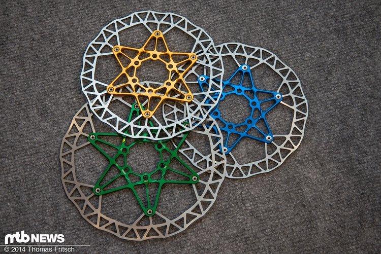 Neue Bremsscheiben mit Aluminium-Spider.