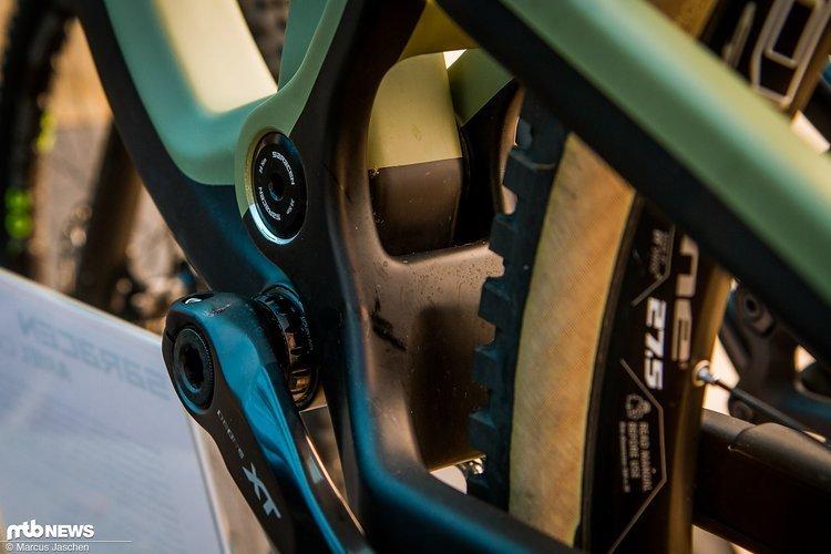 Die Farbkombination und die Skinwall-Reifen ergänzen sich wunderbar