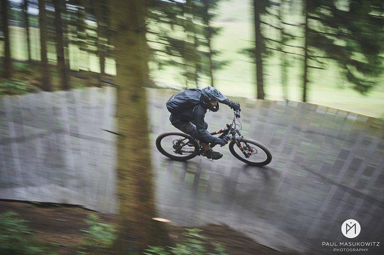 In Sankt Andreasberg mit dem Bikepark MSB X-Trail erschließt ein Sessellift sechs unterschiedliche Strecken.