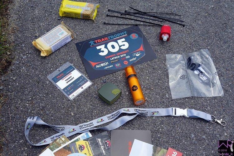 Starterpaket bestehend aus Energie, Flickzeug von Knog, Sonnencreme von bike-components und geilem Trailtrophy Rückstrahler aka Düsentrieb Hinterbau :-)