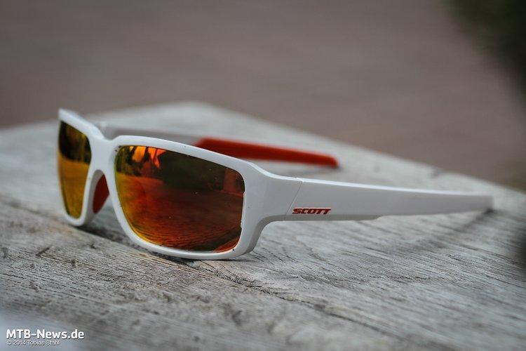 Markantes Design - modern und dennoch unaufgeregt: Die Scott Obsess ACS Brille