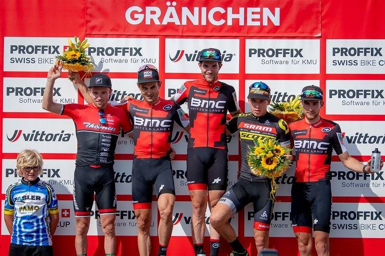 Das Podium der Herren beim Proffix Swiss Bike Cup in Gränichen in fester Hand des Teams BMC - allen voran die beiden Erstplatzierten Lars Forster und Reto Indergand