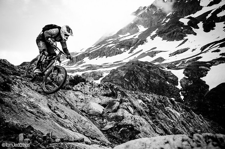 Zweimal nahm Aiko bei der Megavalanche in Alp d'Huez teil und startete 2013 sogar aus der ersten Reihe.